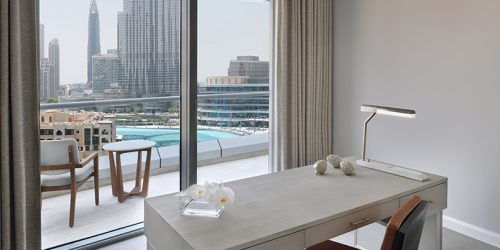 signature-executive-suite-fountain-view_ambient_hr_06-2